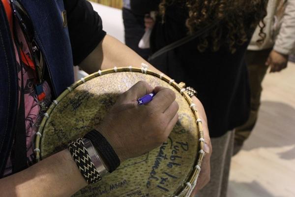 tanda-tangan-drum